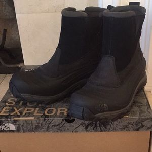 The North Face Snowboots NWT